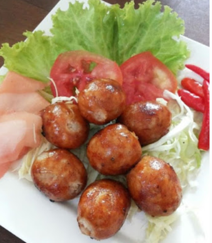 """Isaan sausage"", the most delicious flavor Along"